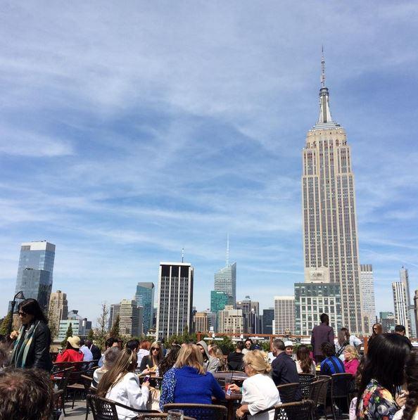 235 Fifth Rooftop Manzarası