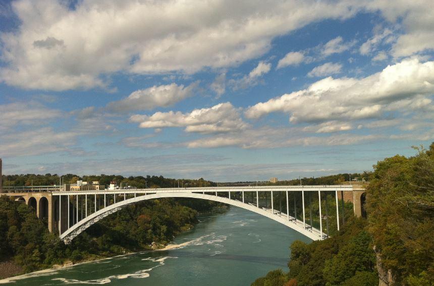 ABD-Kanada Sınırını Bağlayan Köprü