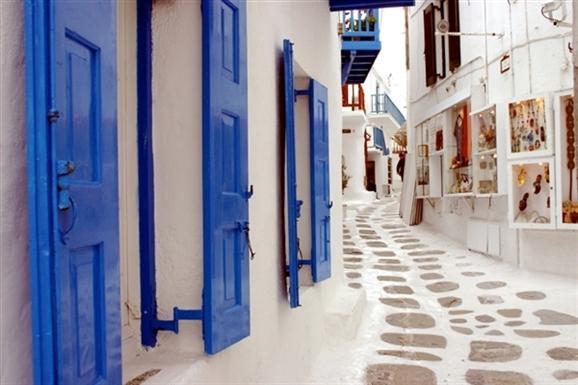 Mikonos Sokakları