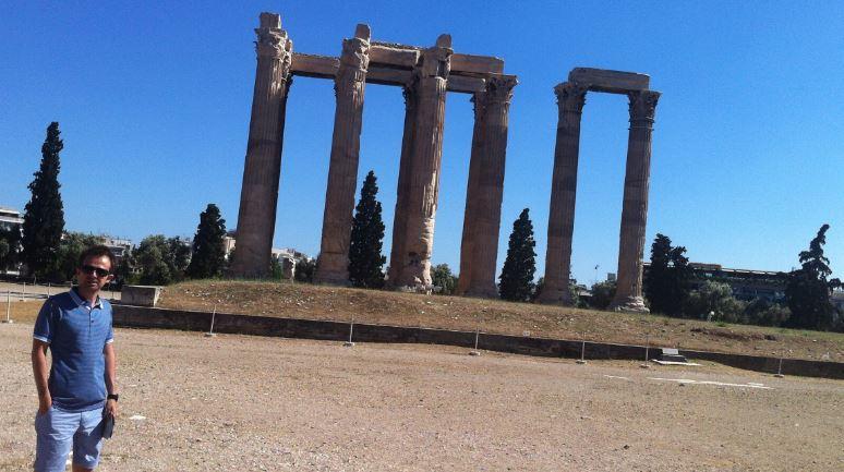 Temple of Olympian Zeus (Muhteşem Zeus Tapınağı)