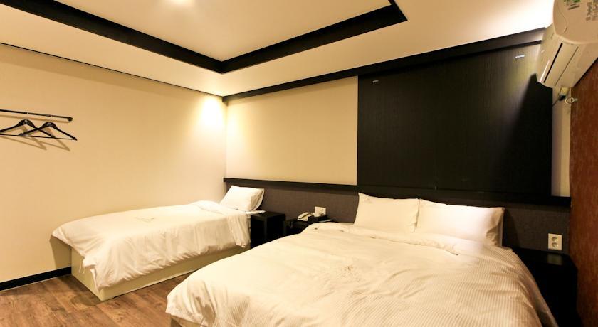 Konakladığımız Busan-Elysee Hotel