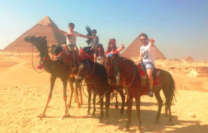 Kahire-Mısır Couchsurfing Arkadaşlarımız İle