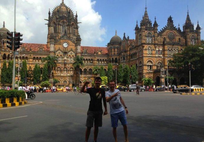 Chhatrapati Shivaji Terminali-Her Zamanki Yol Arkadaşım Ali İle