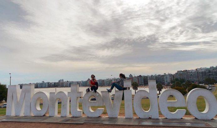 Yazılarını oitheblog.com adlı websitelerinden okuyabilirsiniz. Bu ara Uruguay civarındalar.